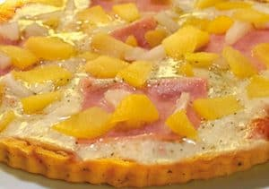 Piña en pizza-tropical-960x675