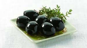 jamon serrano y olivas