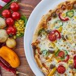 Alimnetos contra la alergia pizza con vegetales-2766471_1920