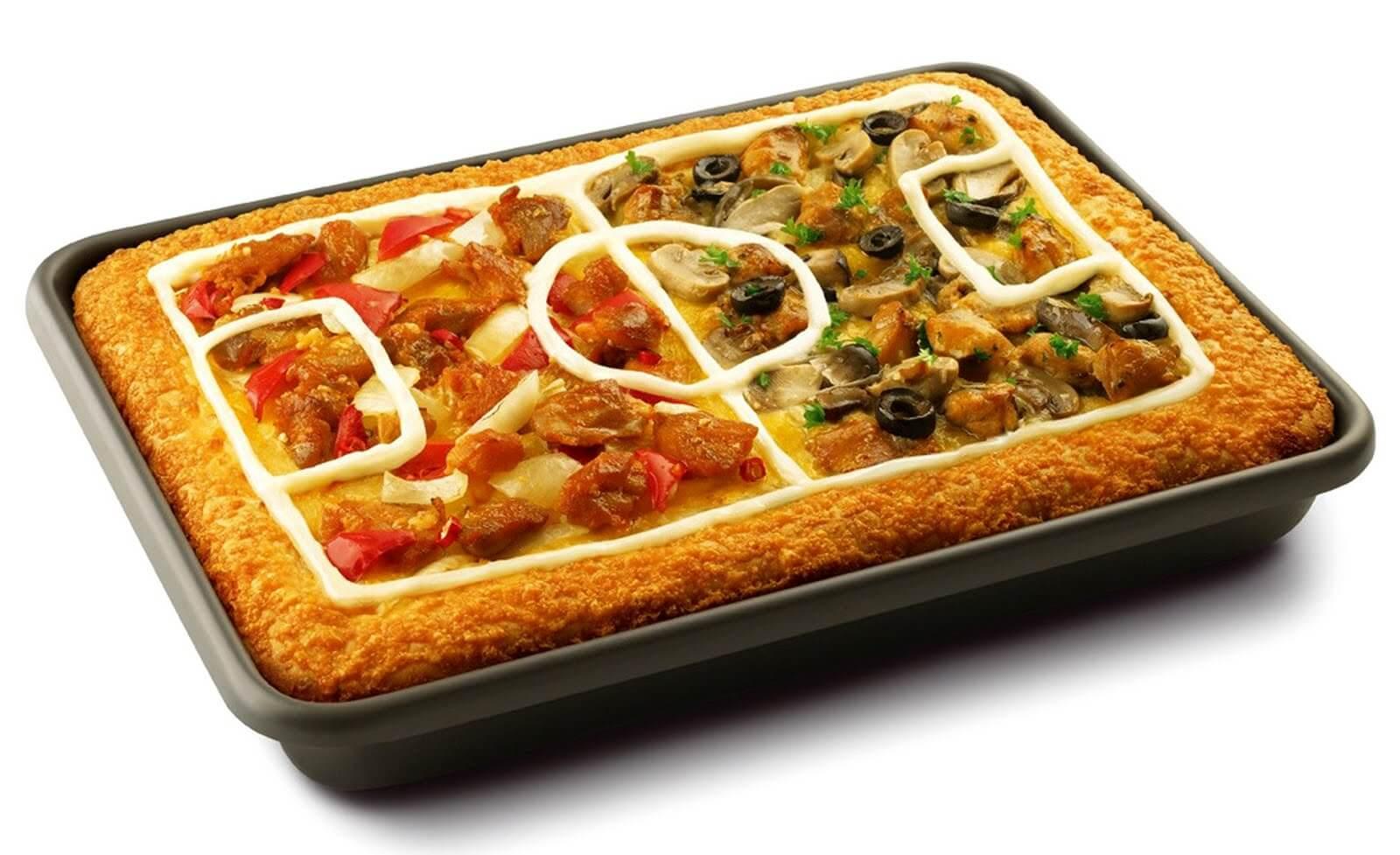 PIZZA Y FÚTBOL SON EL COMPLEMENTO PERFECTO