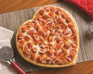 Comparte tu pizza con AMOR 1